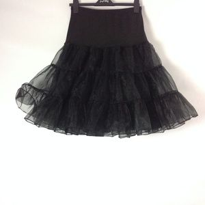 Women's Tulle Tiered Skirt Elastic Waist Black